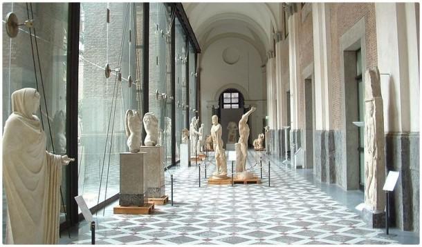 Первый этаж Археологического музея