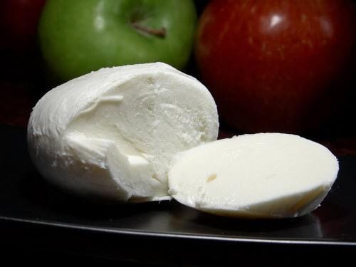 найти рецепт изготовления сыра моцарелла