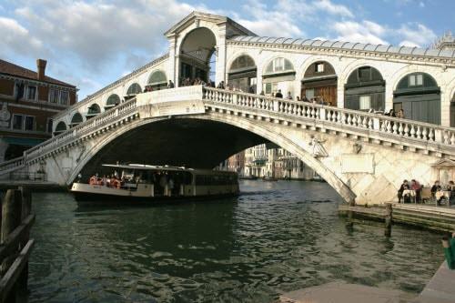 Венеция — город мостов