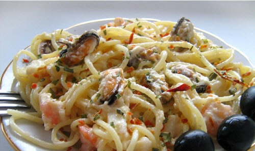 рецепт паста с морским коктейлем в сливочном соусе